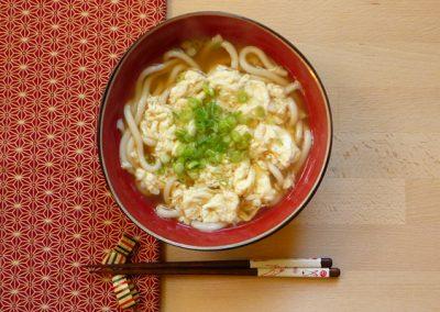 TAMAGOTOJI UDON – Udon Nudeln mit Eier-Decke