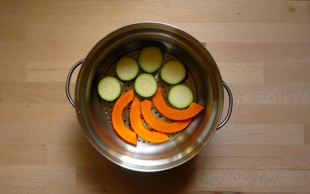 gedämpftes Gemüse mit Sesamsauce Zutaten